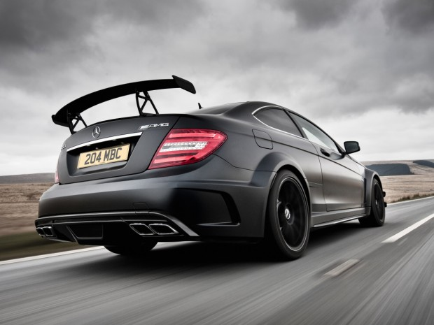 mercedes-benz_c_63_amg_black_series_coupe_uk-spec_20