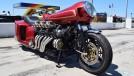 Esta moto com motor V12 Lamborghini é a prova de que algo pode ser esquisito e genial ao mesmo tempo
