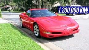 Acredite: este Chevrolet Corvette 2000 inteiraço já rodou (bem) mais de um milhão de quilômetros – e segue rodando!