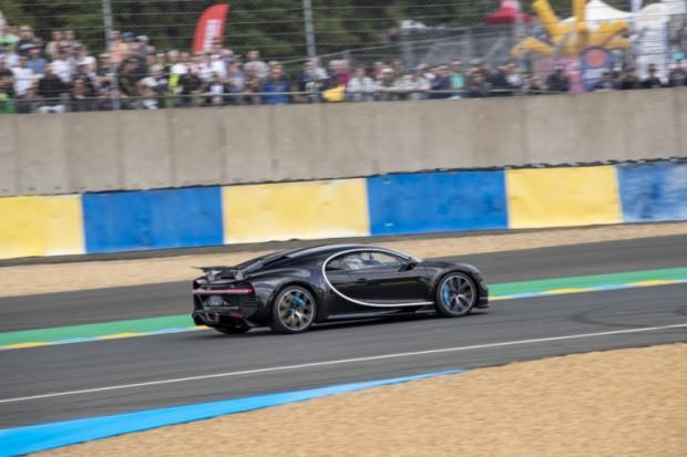 Bugatti_Chiron_Le_Mans-4-770x513