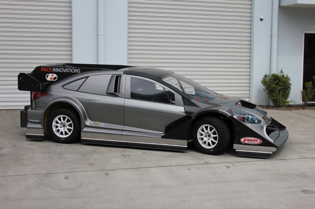 Tony-Quinn-Bespoke-Ford-Focus-with-850-HP-R35-V6-02