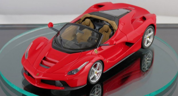 ferrari-laferrari-spider-scale-model-0