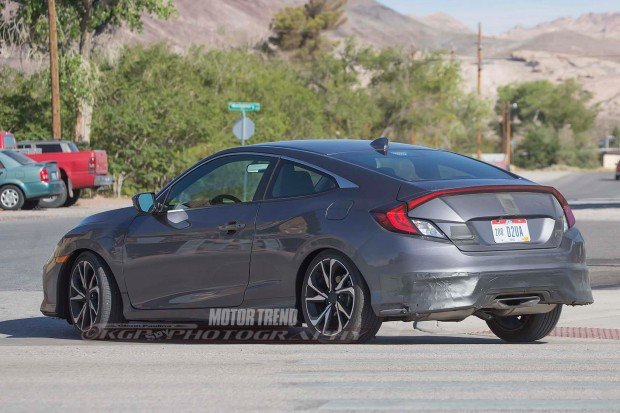 2017-Honda-Civic-Si-Prototype-rear-three-quarter