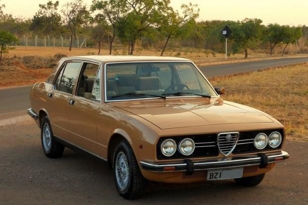 Alfa-2300-ti