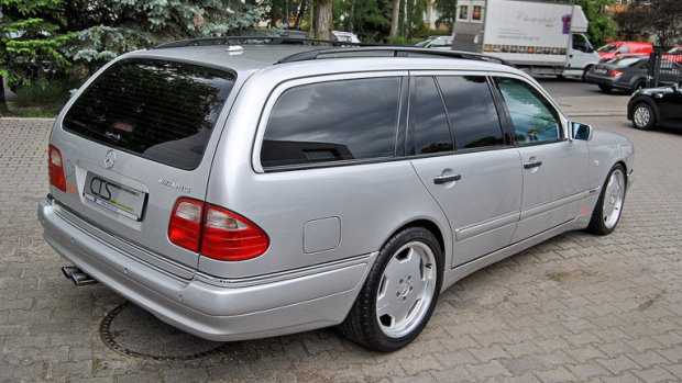 gallery-1468615500-1998-mercedes-e55-amg-wagon-ex-michael-schumaher-2