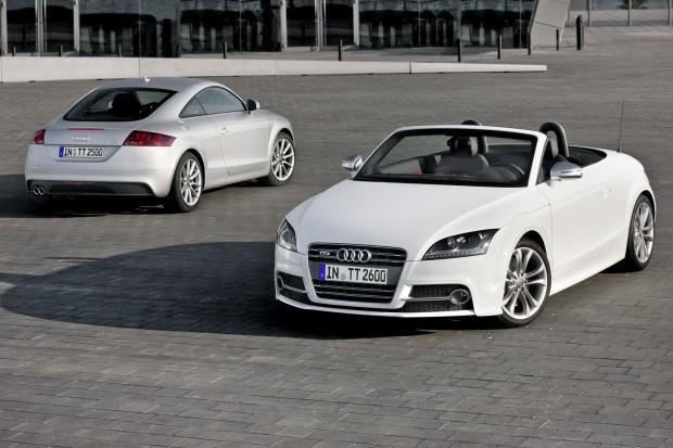 2011-Audi-TTS-1