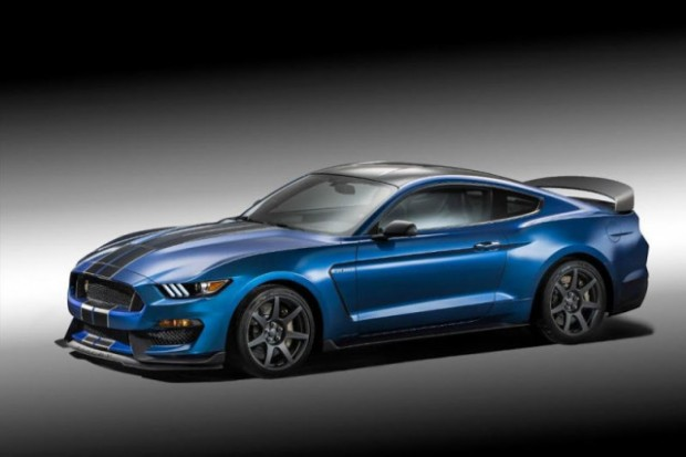 2018-Ford-Mustang-Shelby-GT500-front-e1459850821856