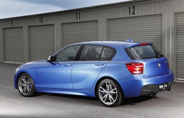 BMW-M135i-side-rear