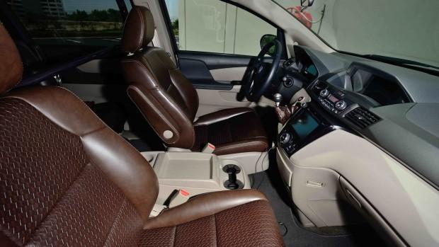 minivan (13)