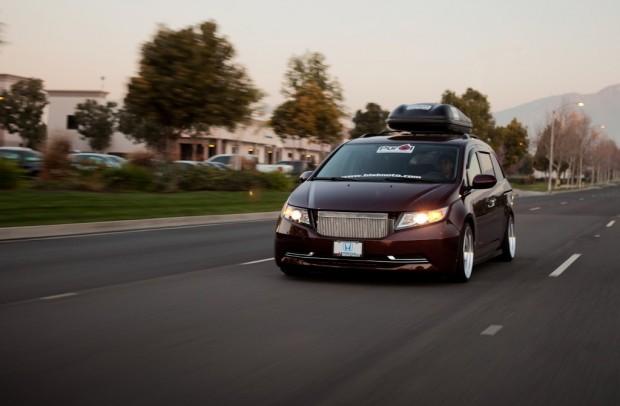 minivan (2)