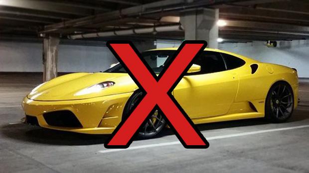 Não: a cor oficial da Ferrari não é o amarelo