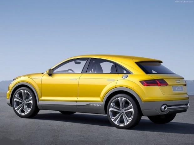 Audi-Q4-side