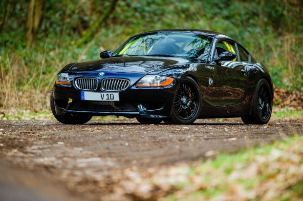 BMW-Z4-with-a-Dodge-SRT-10-V10-01