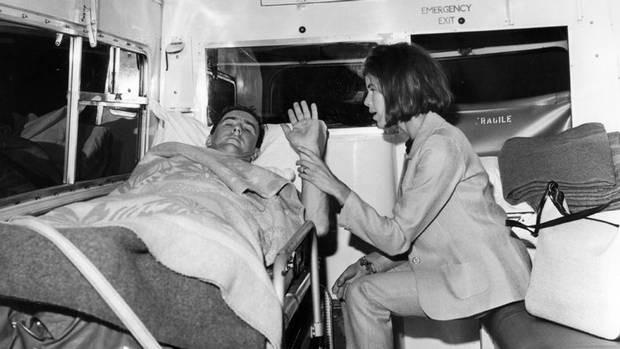 Jackie+Stewart+1966+Ambulance+1500