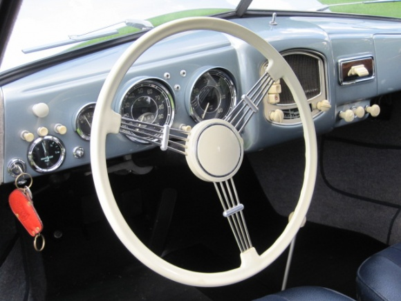 1952_Porsche_356_Coupe_For_Sale_Interior_resize