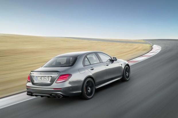 2018-Mercedes-E63-AMG-S-17