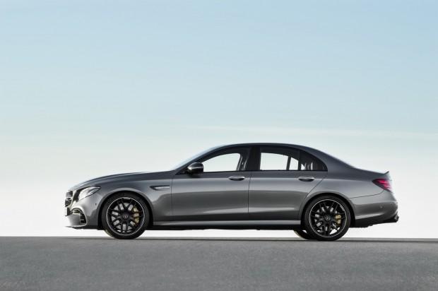 2018-Mercedes-E63-AMG-S-19