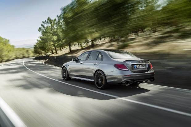 2018-Mercedes-E63-AMG-S-41