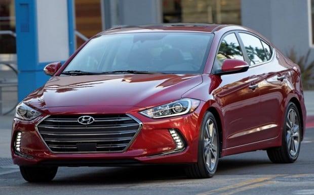 Hyundai-Elantra-2017-1