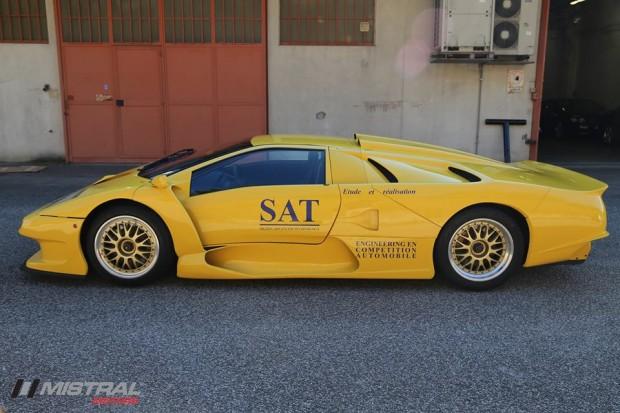 Lamborghini-Diablo-GT1-Stradale-4