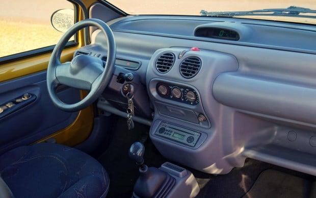 Renault-Twingo-1998-Interior
