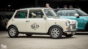 Este é um Mini Cooper 1978, com volante do lado direito, à venda no Brasil!