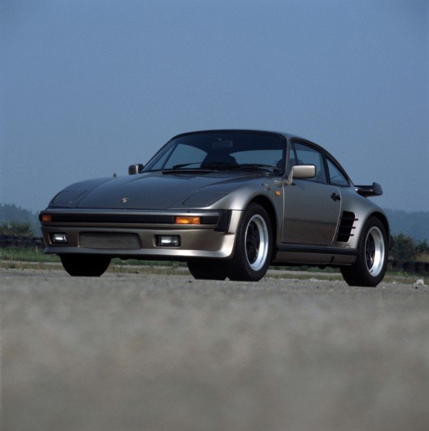 porsche_911_turbo_3.3_flachbau_coupe_1_1