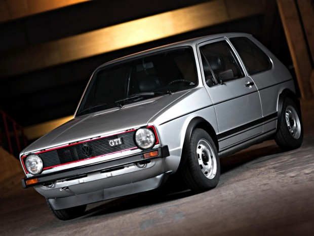 volkswagen_golf_gti_3-door_11