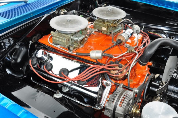 The-Mighty-Dodge-426-Hemi