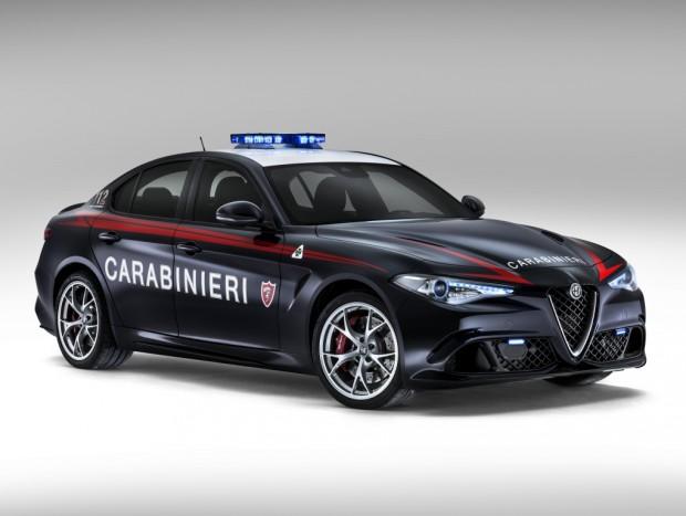 alfa_romeo_giulia_quadrifoglio_carabinieri