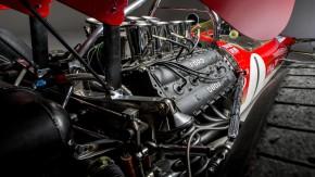 Qual é o motor naturalmente aspirado mais icônico já usado em um esportivo?