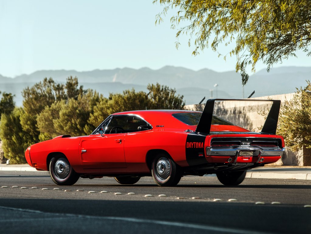 dodge charger daytona e plymouth superbird a hist ria dos. Black Bedroom Furniture Sets. Home Design Ideas