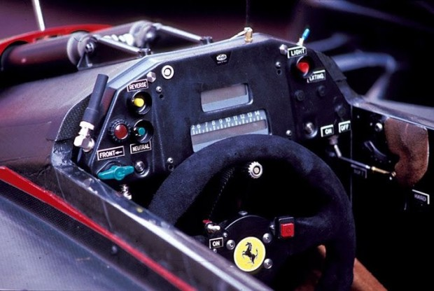 ferrari-640-cockpit