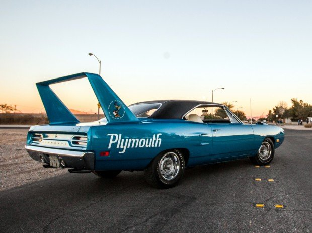 plymouth_road_runner_superbird_hemi_20