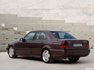 1995-mercedes-c36-am-6