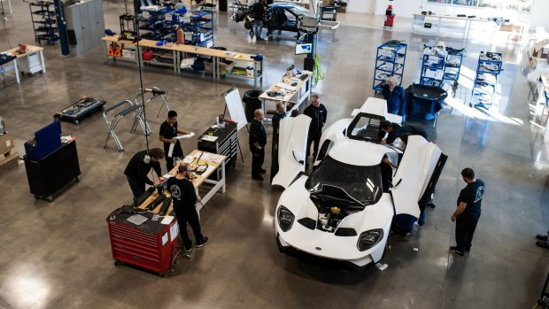 ford_gt_deliveries_begin