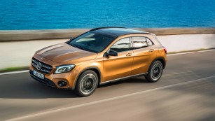 2017-mercedes-gla-restyle-5