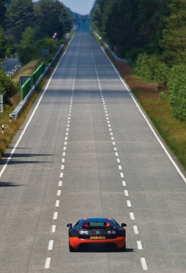 Bugatti-Veyron-Super-Sport-07
