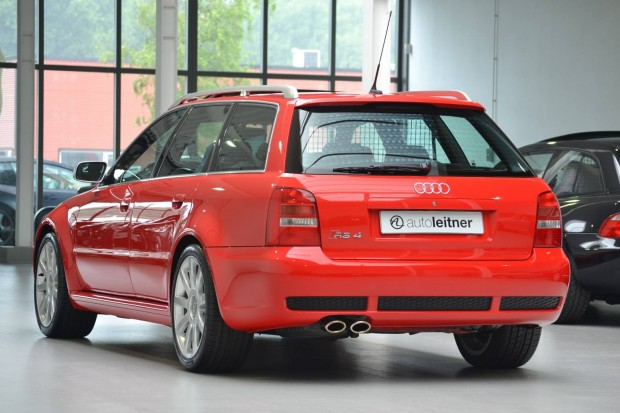 audi-rs4-avant-2001-for-sale-9