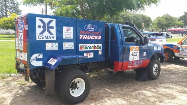 caminhão FORD 2012