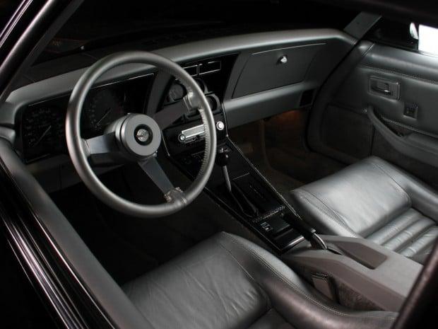 corvette_indy_500_pace_car_replica_4