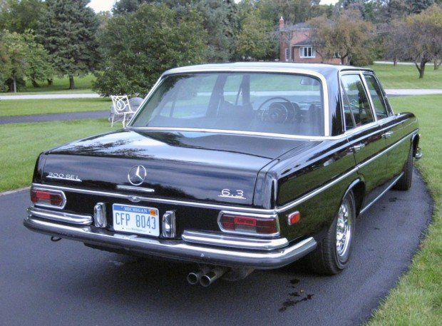 1969-Mercedes-Benz-300SEL-6.3-Rear