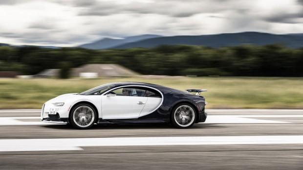 2017-bugatti-chiron-production-at-molsheim-factory (22)