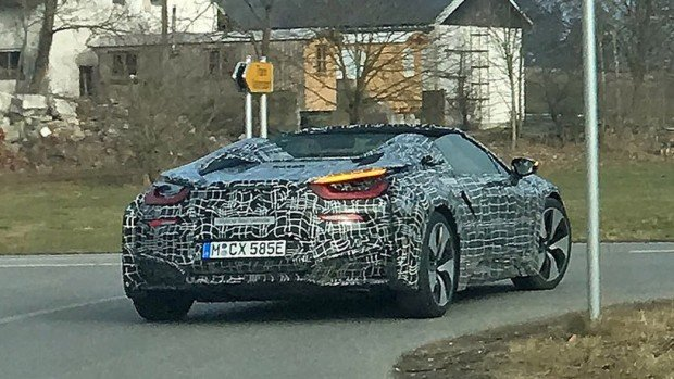 2018-bmw-i8-spyder-spy-photo