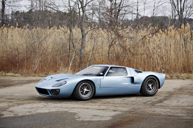 ford_gt40_road_version_7