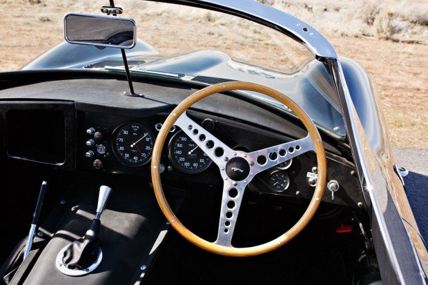 gallery-1487102130-1957-jaguar-xkss-0120-bh