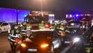 O dono deste Tesla sacrificou seu carro para salvar um motorista inconsciente em uma Autobahn