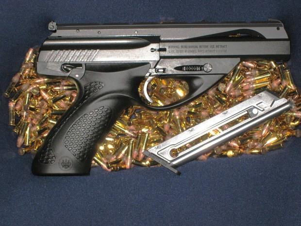 1200px-Beretta_U22_Neos