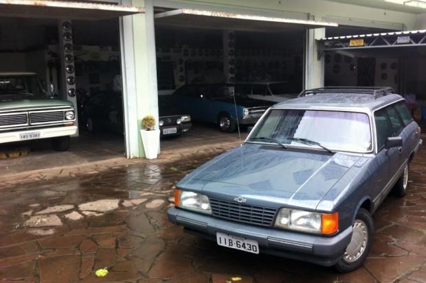 Foto 07- Caravan na sede da Hot V8
