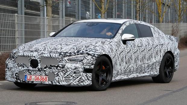 Mercedes-AMG-GT-4-door-004